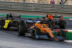 Carlos Sainz Jr., McLaren MCL35, Daniel Ricciardo, Renault F1 Team R.S.20, and Max Verstappen, Red Bull Racing RB16
