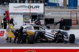 Brett Moffitt, Our Motorsports, Chevrolet Camaro pit stop