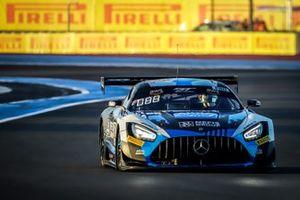 #88 AKKA ASP Mercedes-AMG GT3: Raffaele Marciello, Timur Boguslavskiy, Maxi Buhk