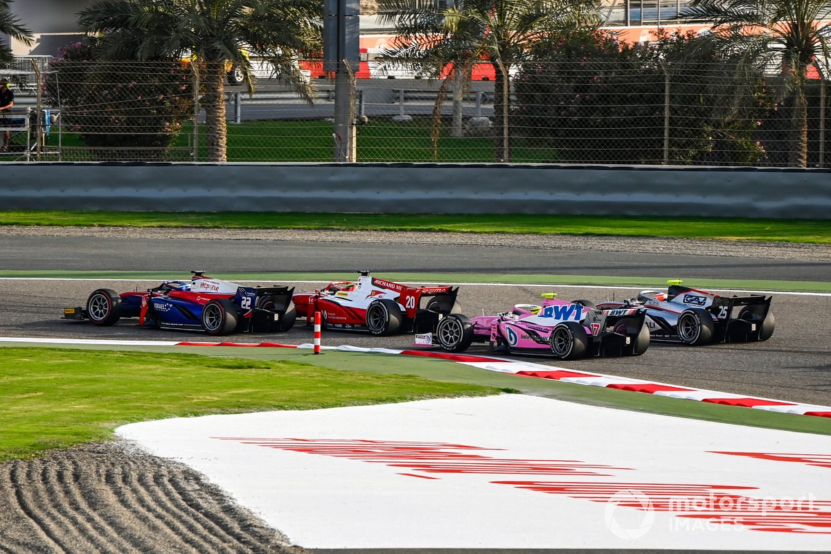 Roy Nissany, Trident leads Mick Schumacher, Prema Racing, Theo Pourchaire, BWT HWA Racelab, Luca Ghiotto, Hitech Grand Prix