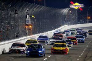 Denny Hamlin, Joe Gibbs Racing, Toyota Camry FedEx Office, Joey Logano, Team Penske, Ford Mustang Shell Pennzoil Ford Mustang Pace Car