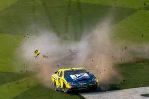 Choque de Brandon Jones, Joe Gibbs Racing, Toyota Supra Menards/Jeld-Wen