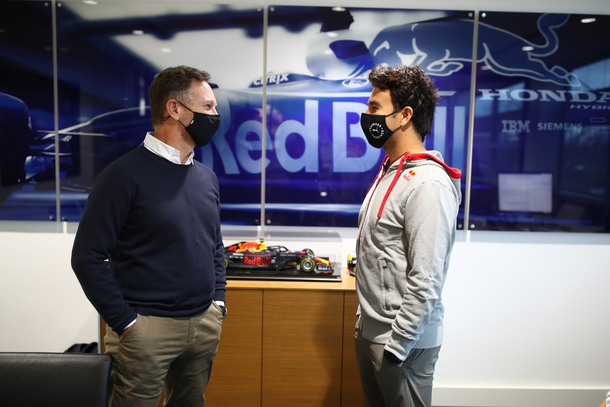 Sergio Pérez, Red Bull Racing con Christian Horner, director de Red Bull Racing Team