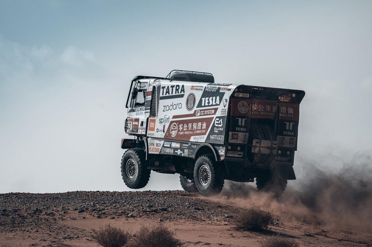 #517 Tatra Buggyra Racing: Ignacio Casale, Alvaro Leon, Petr Capka