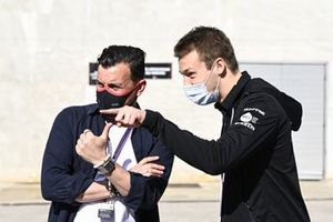 Will Buxton, TV Presenter and Daniil Kvyat, reserve driver, Alpine F1