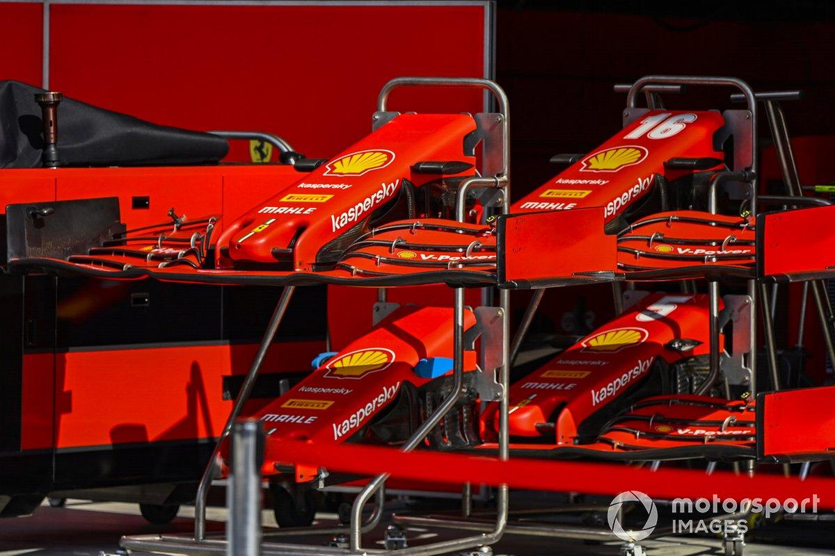 Morro y alerón delantero del Ferrari