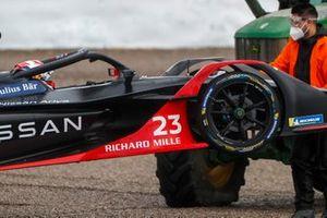 Sébastien Buemi, Nissan e.Dams, Nissan IMO2, retiré par une dépanneuse