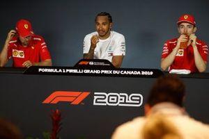 Sebastian Vettel, Ferrari, Lewis Hamilton, Mercedes AMG F1 e Charles Leclerc, Ferrari alla conferenza stampa