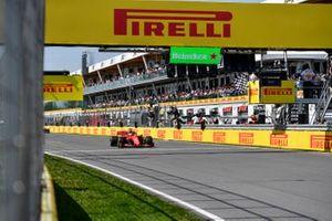 Sebastian Vettel, Ferrari SF90 crosses the line