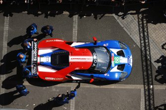 Автомобиль Ford GT (№68) команды Ford Chip Ganassi Team USA