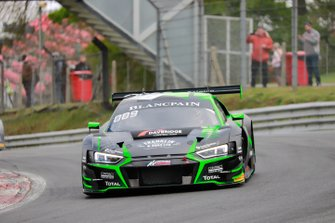 #17 Belgian Audi Club Team WRT Audi R8 LMS GT3 2019: Shae Davies, Tom Gamble