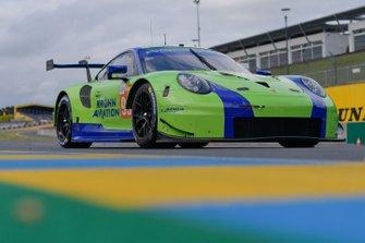 #99 Dempsey Proton Competition Porsche 911 RSR: Patrick Long, Tracy Krohn, Niclas Jönsson