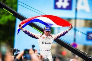 Robin Frijns, Envision Virgin Racing, 1st position, celebrates his maiden victory with a flag of the Netherlands