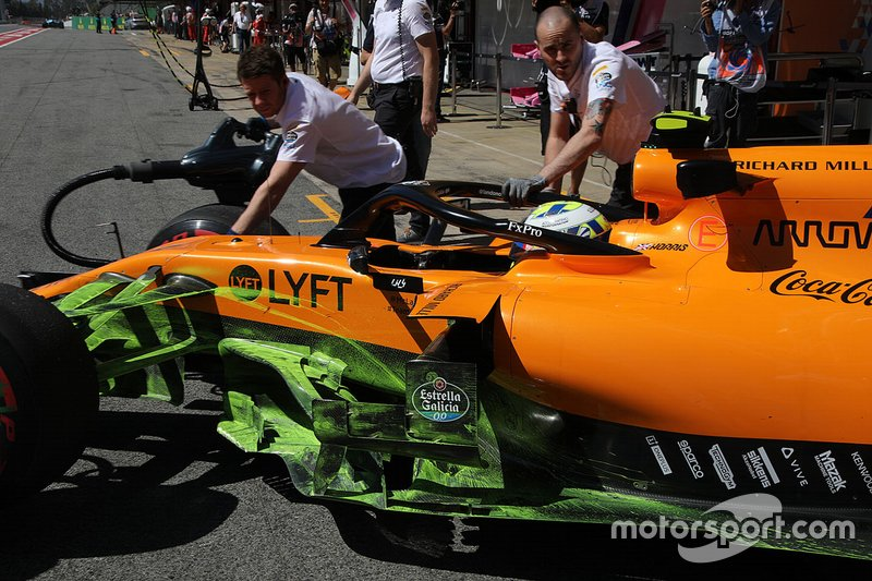 McLaren with flo-viz paint