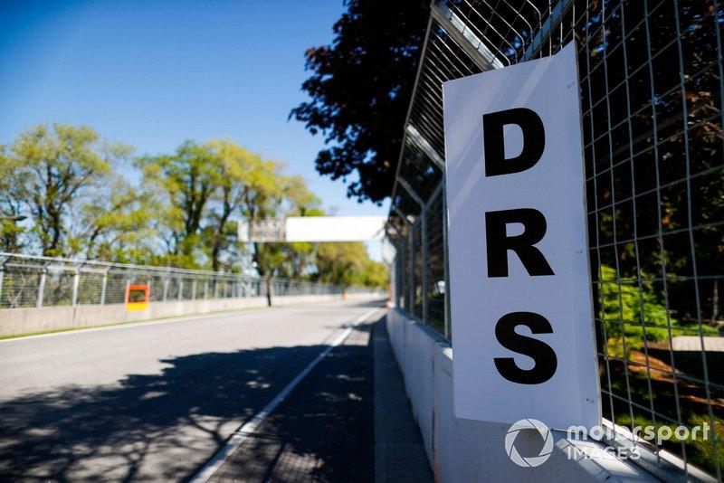 Le panneau DRS sur le circuit