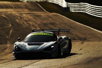 #22 Balfe Motorsport McLaren 720S GT3: Shaun Balfe, Rob Bell