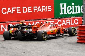 Шарль Леклер, Ferrari SF90, и Нико Хюлькенберг, Renault R.S.19