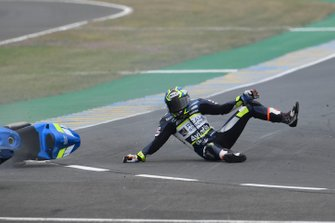 Joan Mir, Team Suzuki MotoGP, Karel Abraham, Avintia Racing crash