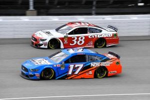 Ricky Stenhouse Jr., Roush Fenway Racing, Ford Mustang NOS Energy and David Ragan, Front Row Motorsports, Ford Mustang Citgard Heavy Duty Engine Oil