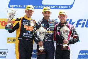 Tom Chilton, Motorbase Performance Ford Focus , Andrew Jordan, WSR BMW and Chris Smiley, BTC Honda Civic