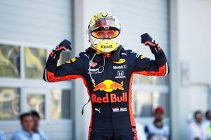 Max Verstappen, Red Bull Racing, vainqueur, dans le Parc Fermé