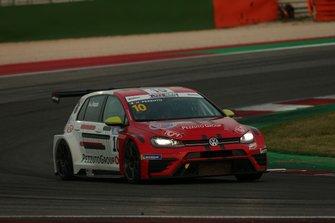 Nicolò Pezzuto, NOS Racing, Volkswagen Golf GTI TCR DSG