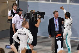 Martin Brundle interviews Lewis Hamilton, Mercedes AMG F1, 1st position, after the race