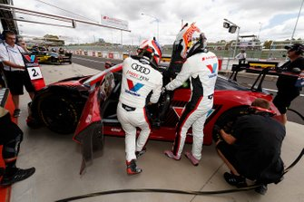 #2 Audi Sport Team Valvoline Audi R8 LMS: Christopher Haase, Markus Winkelhock