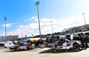 Todd Gilliland, Kyle Busch Motorsports, Toyota Tundra Mobil 1, Raphael Lessard, Kyle Busch Motorsports, Toyota Tundra Spectra Premium