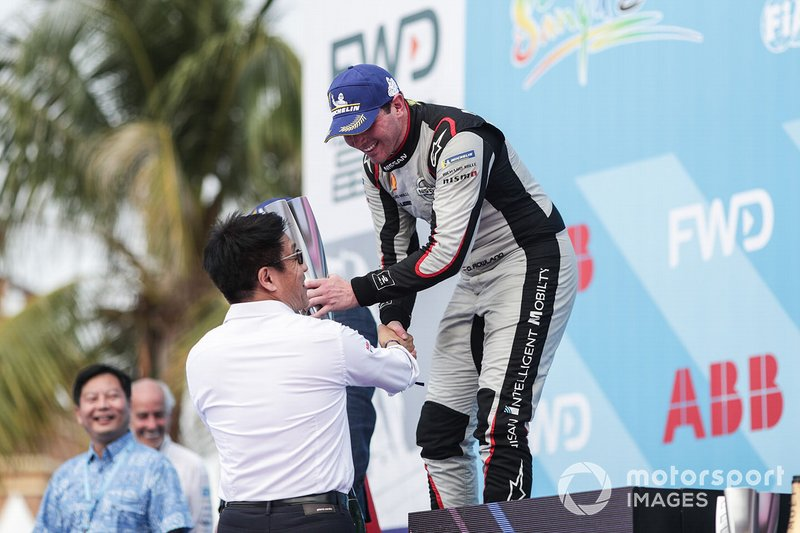 Oliver Rowland, Nissan e.Dams,, 2nd position, receives his trophy on the podium