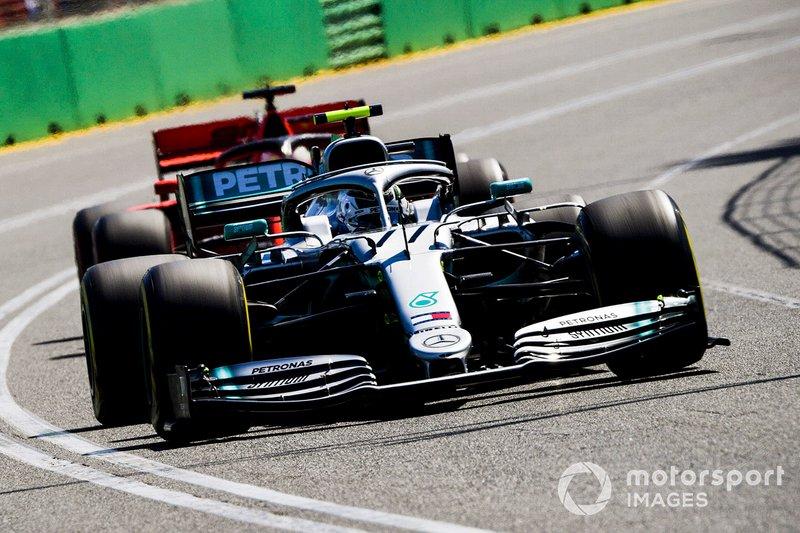 2-) Mercedes'in güçlü antrenman temposu