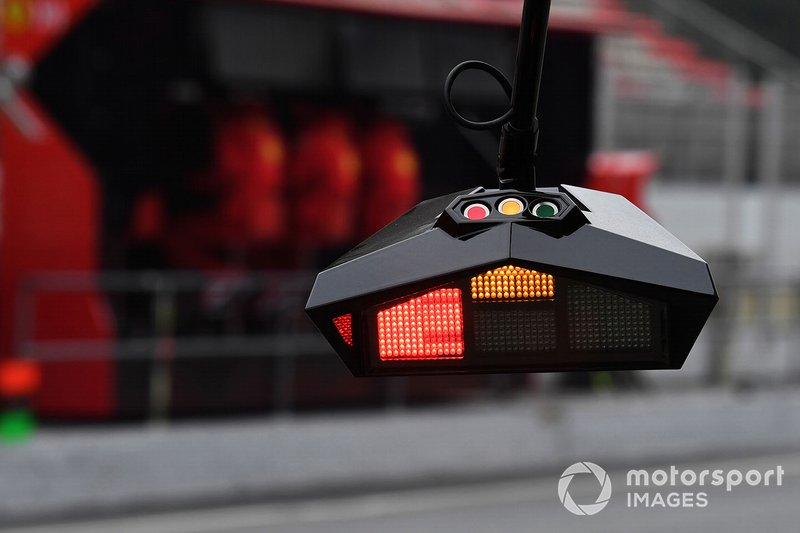 Luces de Ferrari pit stop