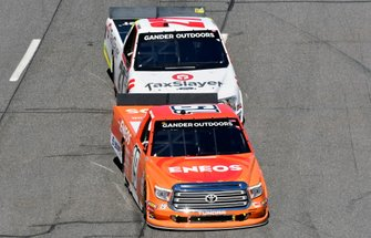 Derek Kraus, Bill McAnally Racing, Toyota Tundra ENEOS/NAPA FILTERS and Myatt Snider, ThorSport Racing, Ford F-150 TaxSlayer