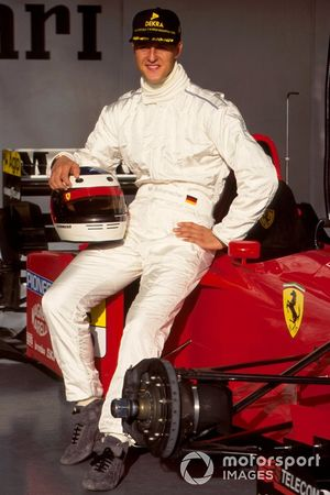 Михаэль Шумахер на первых тестах в Ferrari