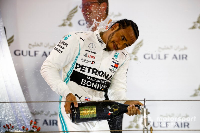 Lewis Hamilton, Mercedes AMG F1, 1st position, sprays the Champagne