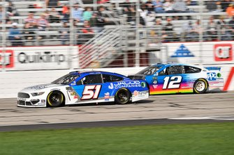 Cody Ware, Petty Ware Racing, Chevrolet Camaro and Ryan Blaney, Team Penske, Ford Mustang