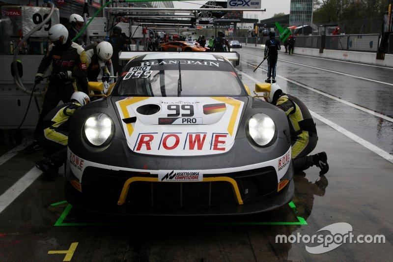 #99 ROWE Racing Porsche 911 GT3 R: Dirk Werner, Matt Campbell, Dennis Olsen