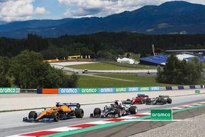 Daniel Ricciardo, McLaren MCL35M, Yuki Tsunoda, AlphaTauri AT02, Carlos Sainz Jr., Ferrari SF21, and Sebastian Vettel, Aston Martin AMR21