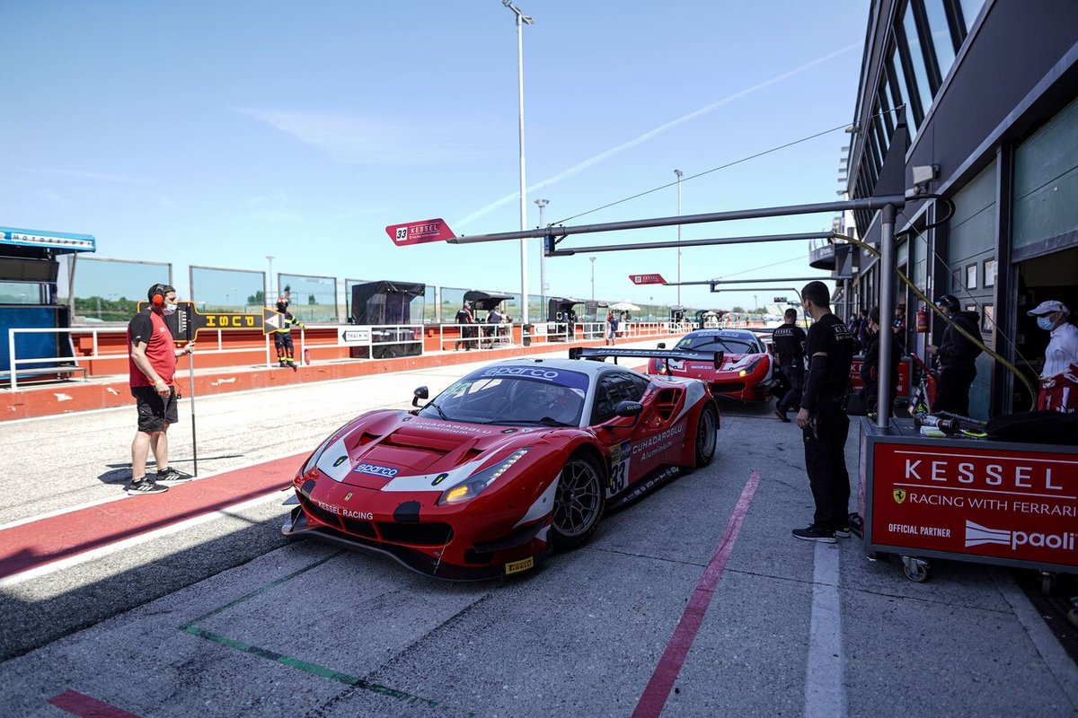 #33 Kessel Racing, Ferrari 488 GT3 Evo: Murat Cuhadaroglu, David Fumanelli
