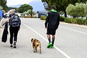 Lewis Hamilton, Mercedes con il suo cane Roscoe