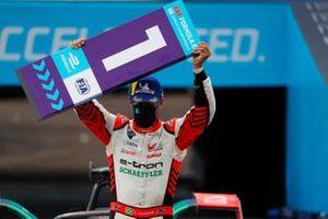 Lucas Di Grassi, Audi Sport ABT Schaeffler, first position