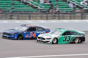 Michael McDowell, Front Row Motorsports, Ford Mustang et Austin Cindric, Team Penske, Ford Mustang MoneyLion