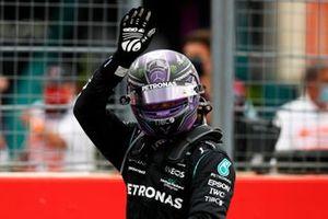 Lewis Hamilton, Mercedes, 2e plaats, in Parc Ferme