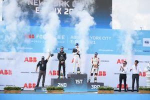 Michael Andretti, Team Owner, BMW I Andretti Motorsports, Jean-Eric Vergne, DS Techeetah, second position, Maximilian Guenther, BMW I Andretti Motorsport, first position, Lucas Di Grassi, Audi Sport ABT Schaeffler, third position, on the podium