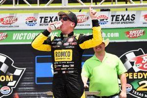Race winner John Hunter Nemechek, Kyle Busch Motorsports, Toyota Tundra ROMCO