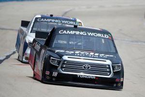 Chandler Smith, Kyle Busch Motorsports, Toyota Tundra Safelite AutoGlass, Derek Kraus, McAnally Hilgemann Racing, Toyota Tundra HunterNation