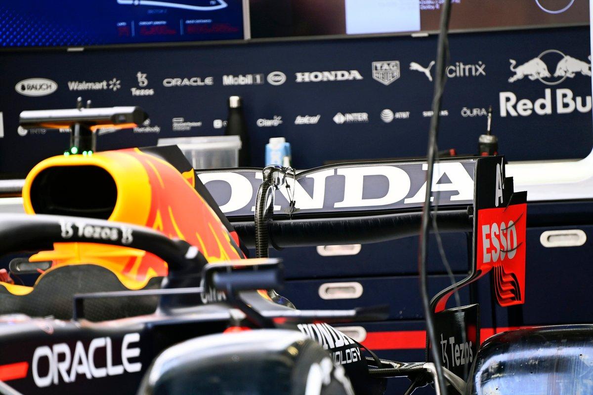 Detalle técnico del Red Bull Racing RB16B