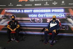 Toyoharu Tanabe, F1 Technical Director, Honda, en Franz Tost, teambaas, AlphaTauri,