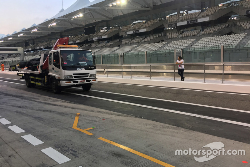 Sauber C37 of Kimi Raikkonen back on a truck in the pitlane
