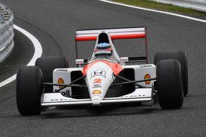Takuma Sato, Mclaren Honda MP4/6 at Legends F1 30th Anniversary Lap Demonstration